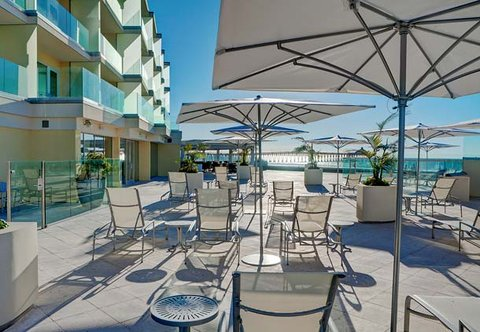 Pier South Resort, Autograph Collection - Outdoor Pool Deck