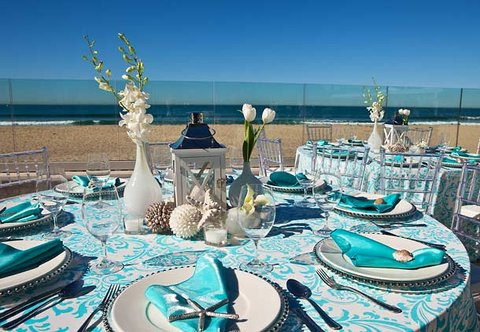 Pier South Resort, Autograph Collection - Outdoor Banquet Details
