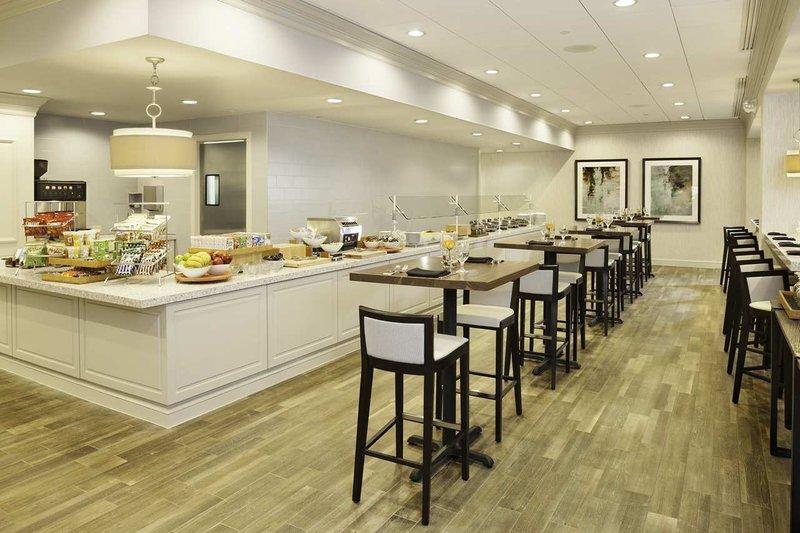 Doubletree Hotel Atlanta-Buckhead Ravintolat