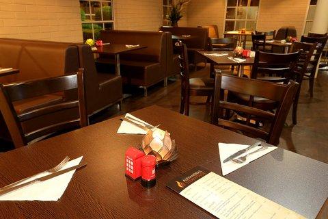 Alexandras on Takalvan Motel - Restaurant