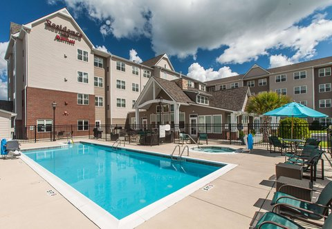 Residence Inn Marriott Florence - Outdoor Pool Patio