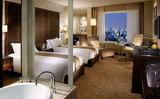 Grand Millennium Hotel Sukhumvit Bangkok Szobakilátás