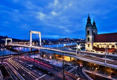 City Hotel Matyas - Danube View Room