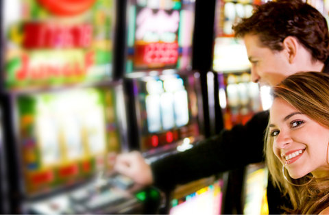 Holiday Inn EL PASO-SUNLAND PK DR & I-10 W - Press your luck at Sunalnd Park Casino located within minutes