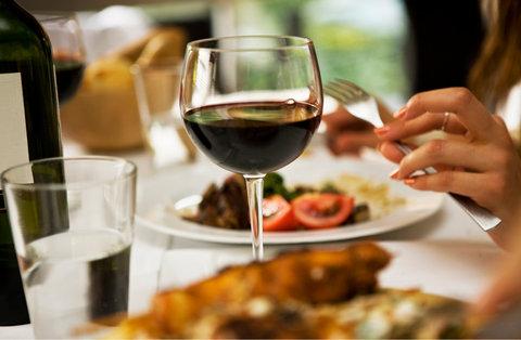 Holiday Inn EL PASO-SUNLAND PK DR & I-10 W - Freshly prepared cuisine