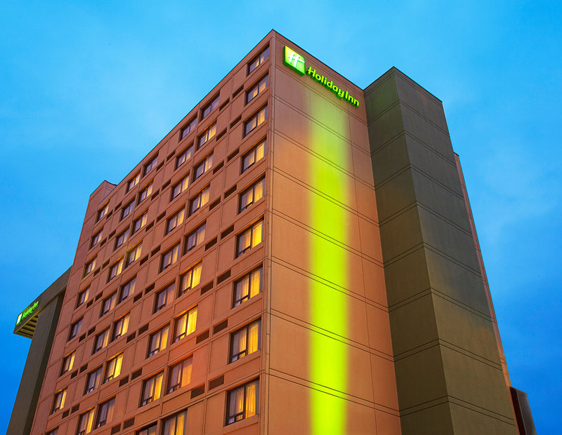 Holiday Inn Toronto-Yorkdale 外景