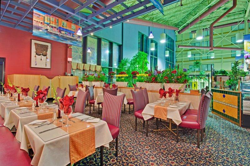 Holiday Inn Toronto-Yorkdale Gastronomi