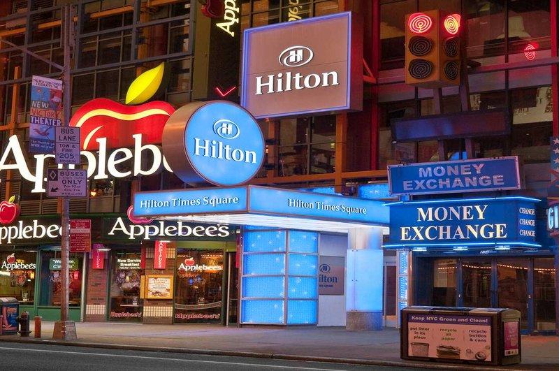 Hilton Times Square Vista exterior