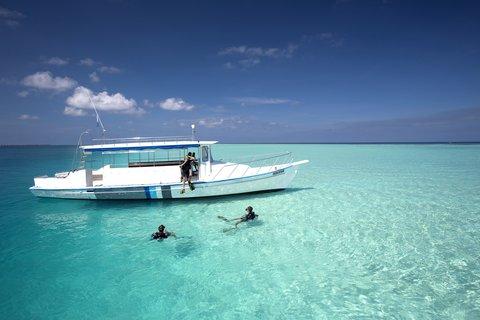 Velassaru Maldives - Snorkeling