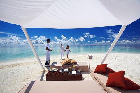 Velassaru Maldives - Love at the water s edge