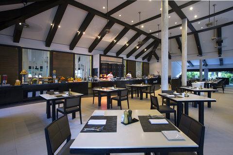 Velassaru Maldives - Vela Restaurant
