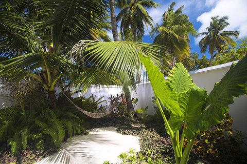Velassaru Maldives - Pool Villa garden