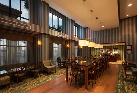 Hampton Inn - Suites El Paso West - Dining Area