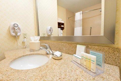 Hampton Inn - Suites El Paso West - Bathroom Amenities