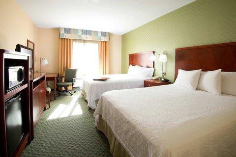 Hampton Inn - Suites El Paso West - 2 Queen Studio Sofabed