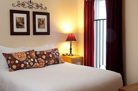 Hotel Vyvant - Economy Queen