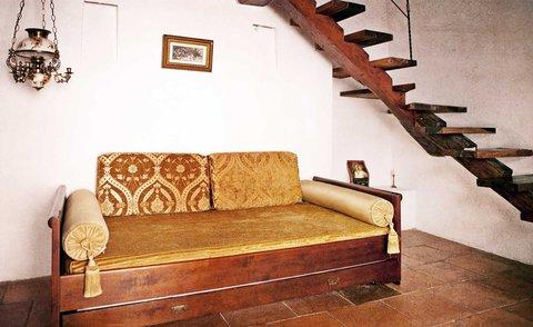 Alfiz Hotel - La Independencia Room