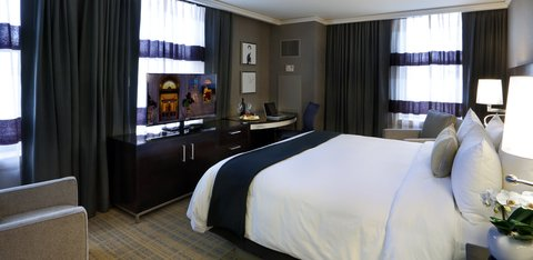 The Back Bay Hotel - Grand King Guestroom