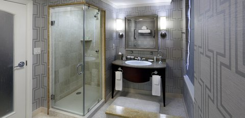 The Back Bay Hotel - Grand Bathroom
