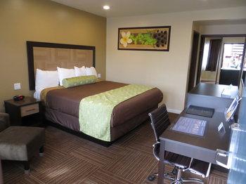 Best Western Plus Eagle Rock Inn - Room