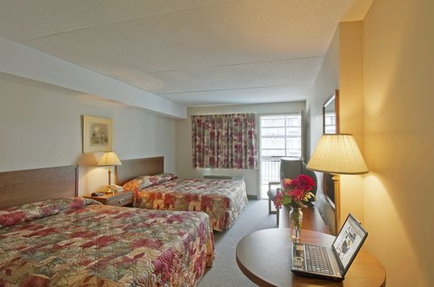 Americas Best Value Inn & Suites-Niagara Falls - Two Queen Beds