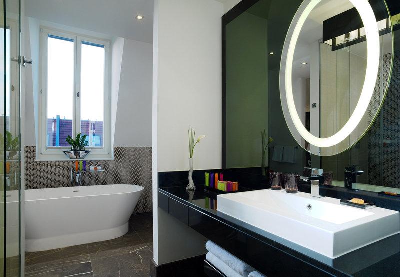 Hotel Am Steinplatz, Autograph Collection® Berlin Junior Suite Bathroom