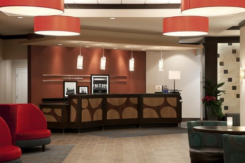 Hampton Inn and Suites Madison Downtown - Front Desk
