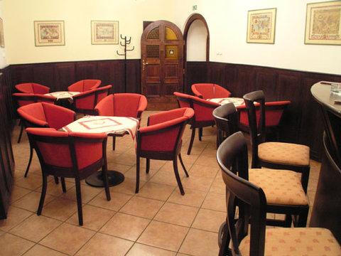 Hotel Petr - Bar Image