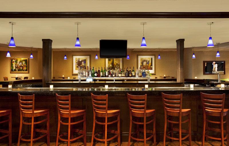 Sheraton Memphis Downtown Hotel - Memphis, TN