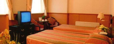 Holiday Villa Hotel London - Guest Room