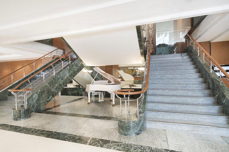 Hotel President Wilson, Geneva Lobby