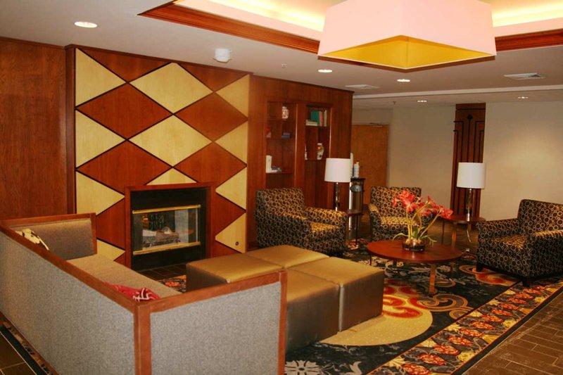 Hampton Inn Columbus/Taylorsville Lobby