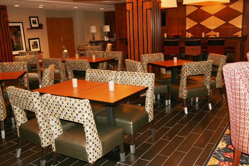 Hampton Inn Columbus/Taylorsville Gastronomie