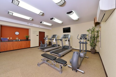 BEST WESTERN PLUS Fresno Airport Hotel - Fitness Center