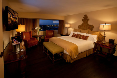 Hotel Albuquerque at Old Town - Presidential Suite Bedroom