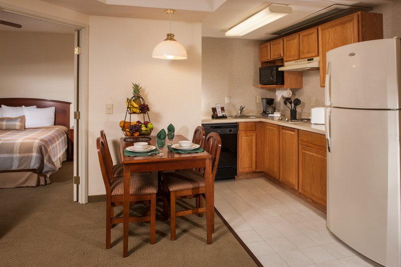 Staybridge Suites Monterrey - San Pedro Billede af værelser