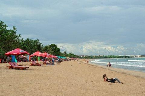 Wina Holiday Villa Kuta Bali - Kuta Beach