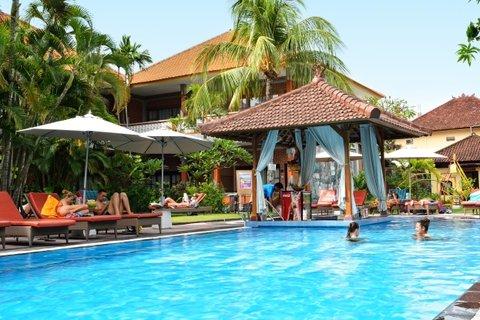 Wina Holiday Villa Kuta Bali - Swimming Pool