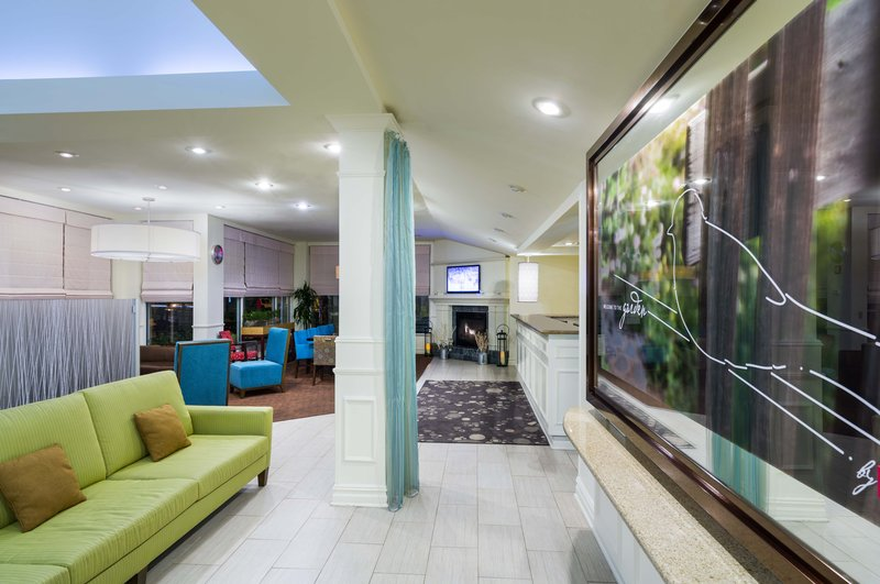 Hilton Garden Inn Queens/JFK Airport 前厅