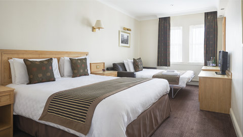 Thistle Exeter The Rougemont - Thistle Exeter Family Room