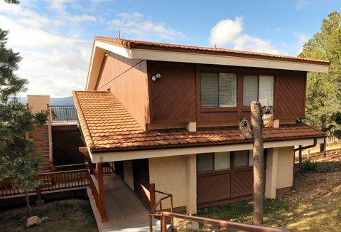 High Sierra Condominiums - Exterior