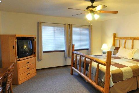 High Sierra Condominiums - Bedroom