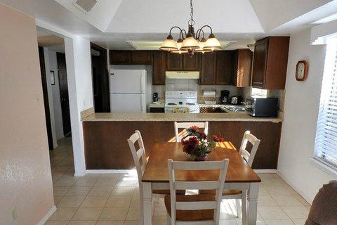 High Sierra Condominiums - Living Dining Room