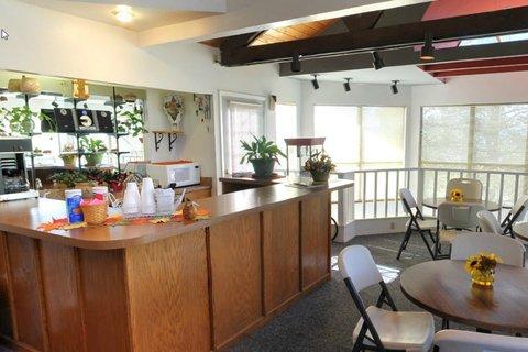 High Sierra Condominiums - Lounge