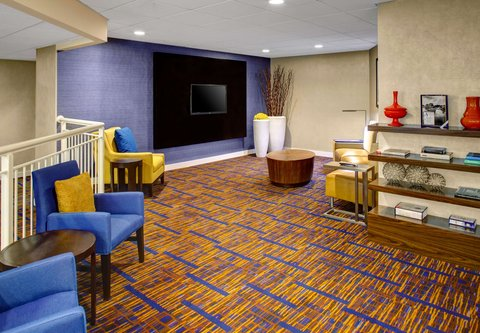 Courtyard By Marriott Columbus Downtown Hotel - Theater Room