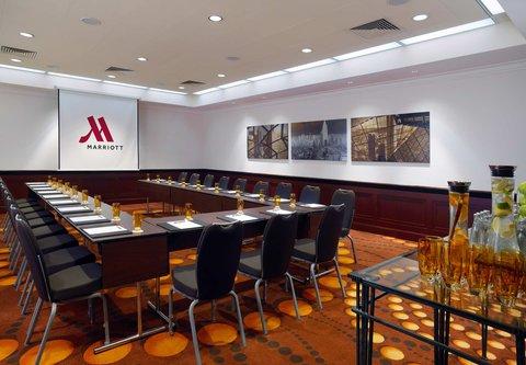 Frankfurt Marriott Hotel - Alabaster Meeting Room