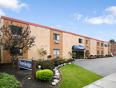 Travelodge Cleveland Lakewood - Welcome To The Travelodge Cleveland Lakewood
