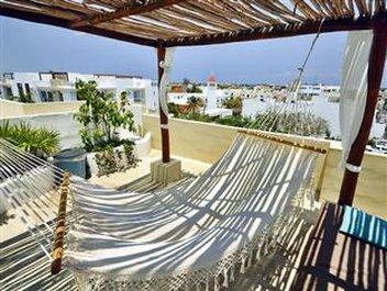 Encanto Riviera - TERRACE