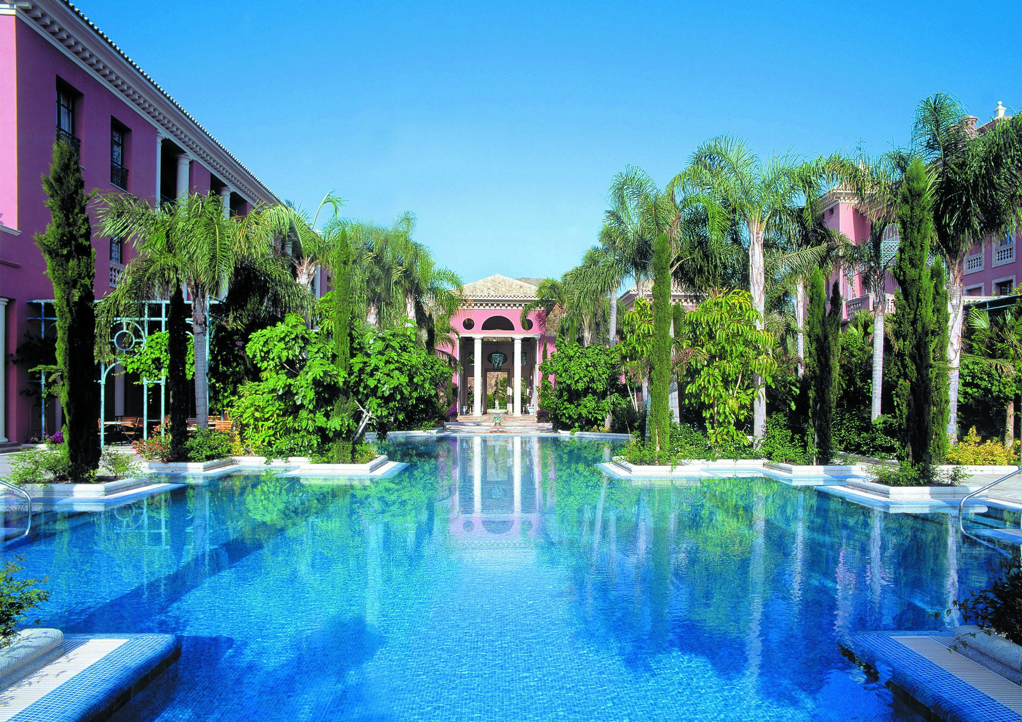 Ofertas ultima hora en estepona ofertas de escapadas for Hoteles de lujo en espana ofertas