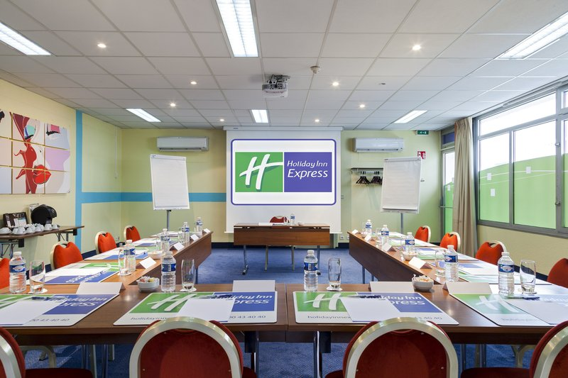 Holiday Inn Express Amiens Tagungsraum